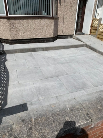 Replacement front garden area using flags and kerb stones